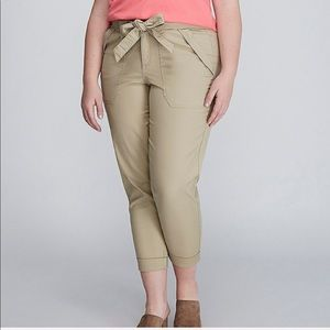 New! Lane Bryant canvas cargo Capri tan 18 20 2x